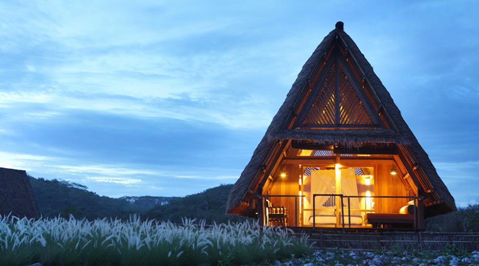 Hotel Jeeva Beloam Beach Camp - Indonesia
