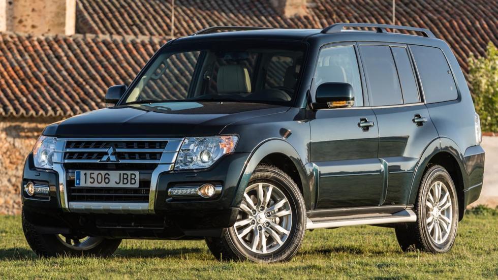 Mitsubishi Montero 2015 off-road suv lujo todo terreno