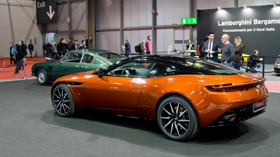 Aston Martin DB11 naranja db5 autoclassica
