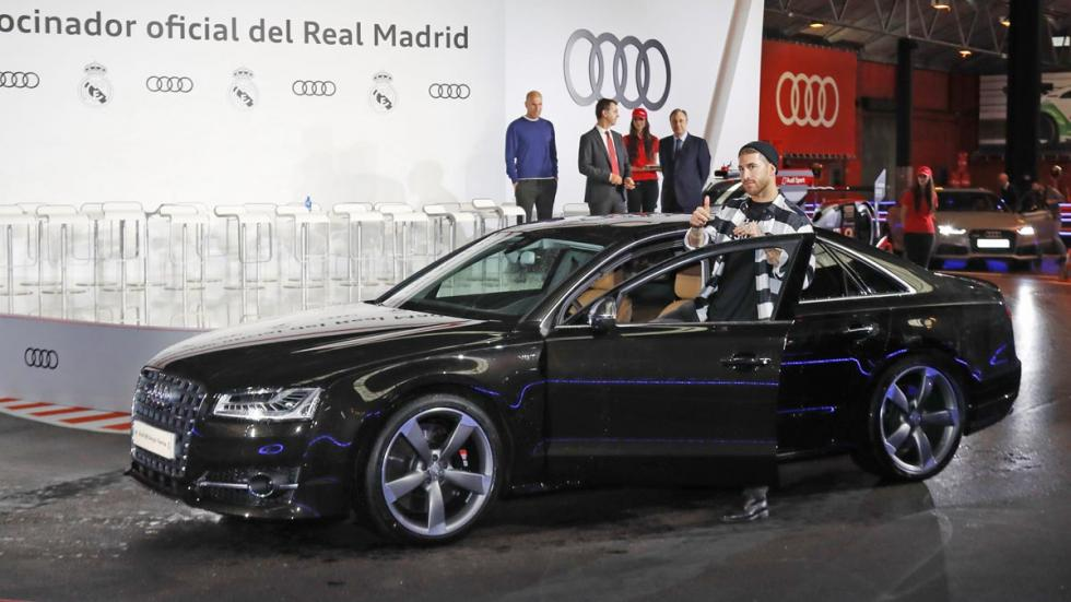 Hermosa Audi Negro Marco De La Matrícula Ilustración - Ideas de Arte ...