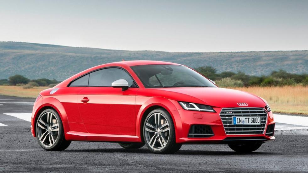 Audi TTS lluvia frontal rojo deportivo