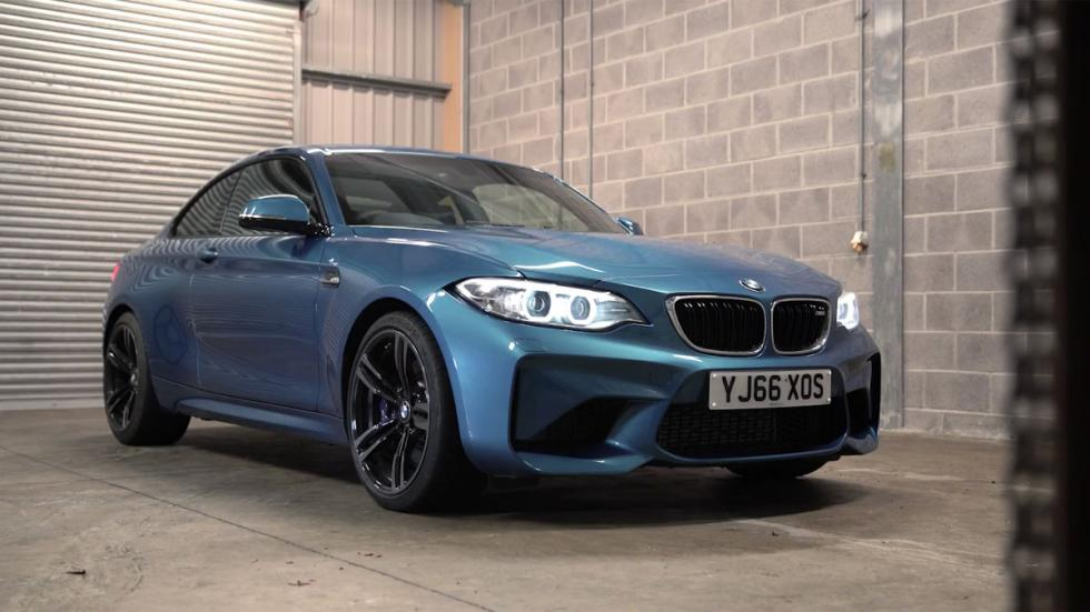 BMW M2 Chris Harris deportivo derrape azul alemania vídeo