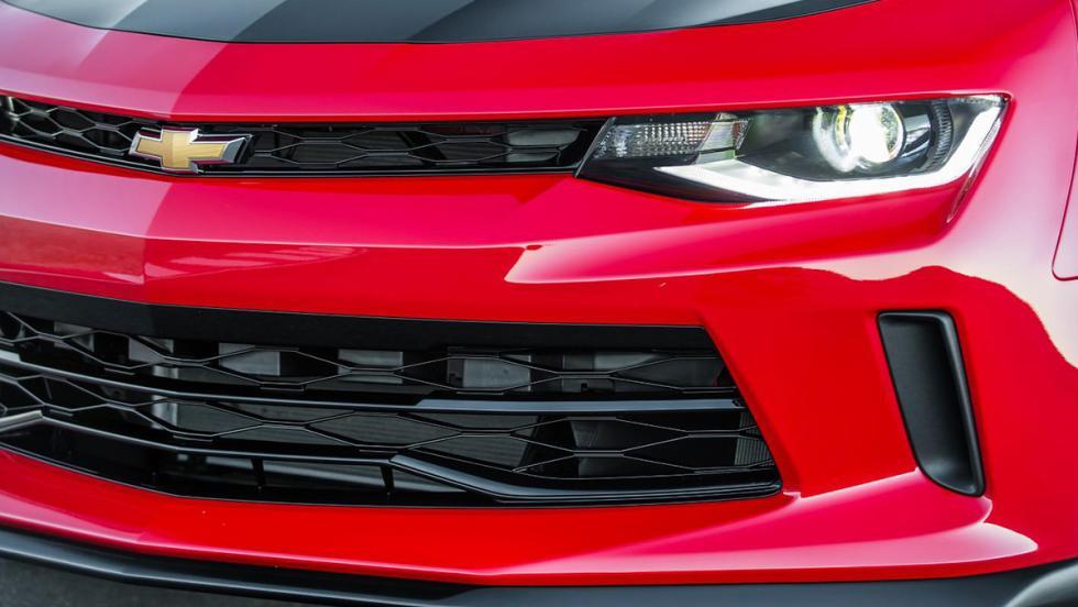 Chevrolet Camaro 1LE... ¡V8!