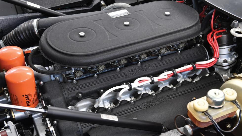 Ferrari 365 GTB Daytona clasico subasta milán deportivo