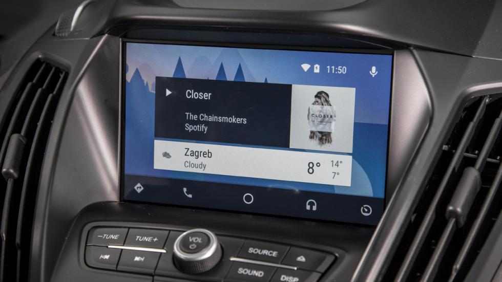 """La pantalla de 8"""" es táctil y el Sync3, más rápido que el anterior"""