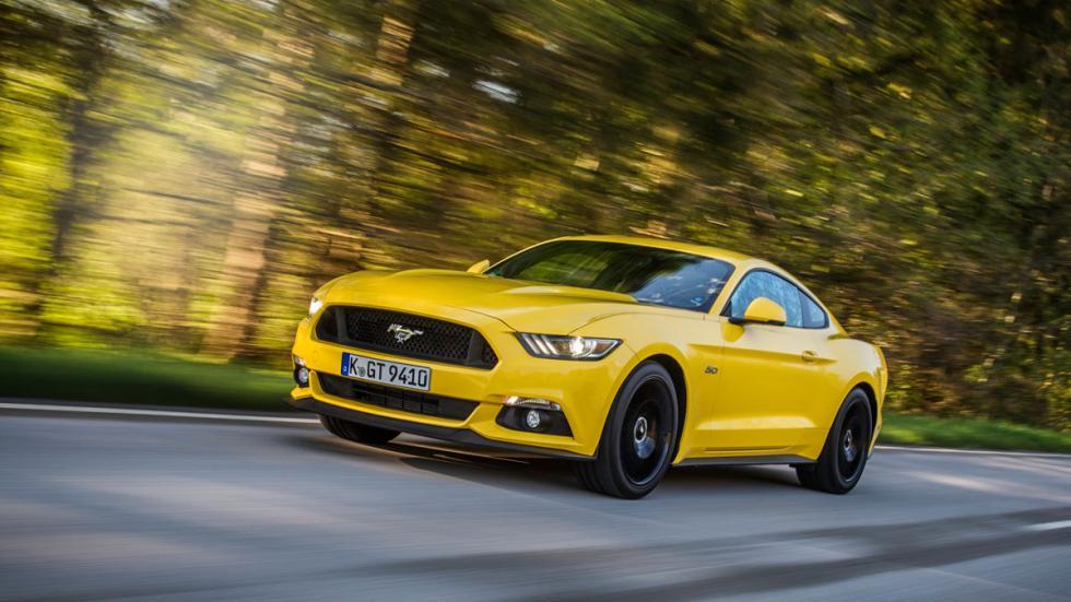 Ford Mustang GT amarillo deportivo v8 gastón