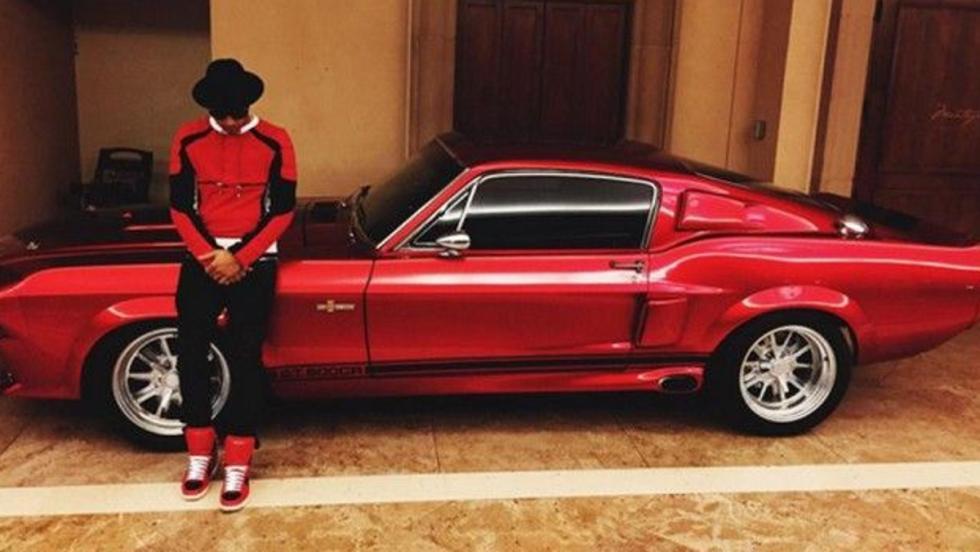 Hamilton y el Mustang GT 500
