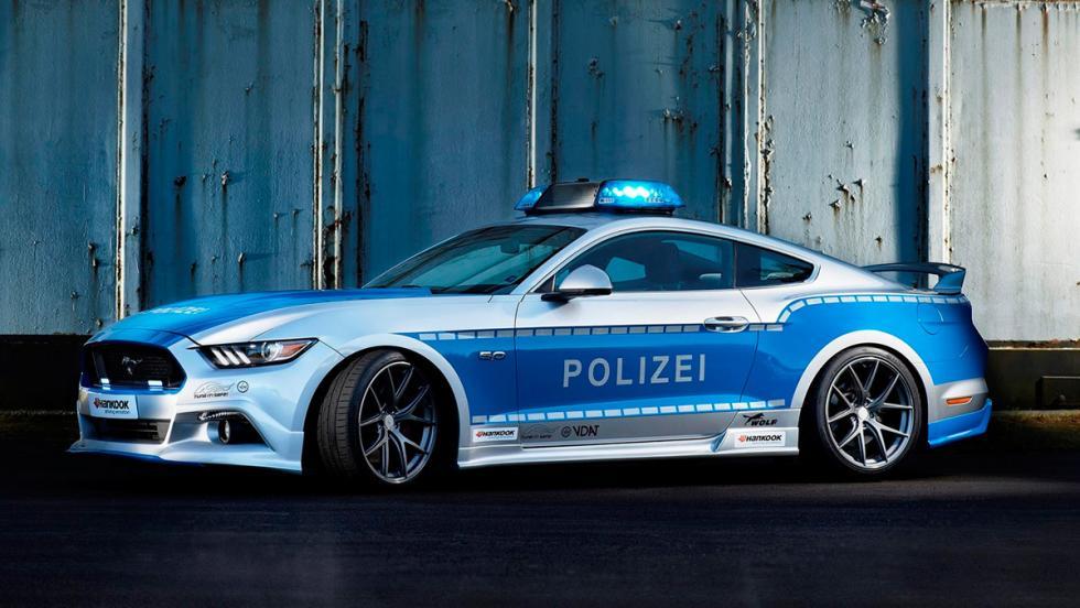 Ford Mustang tuneado de la Policía alemana (X)