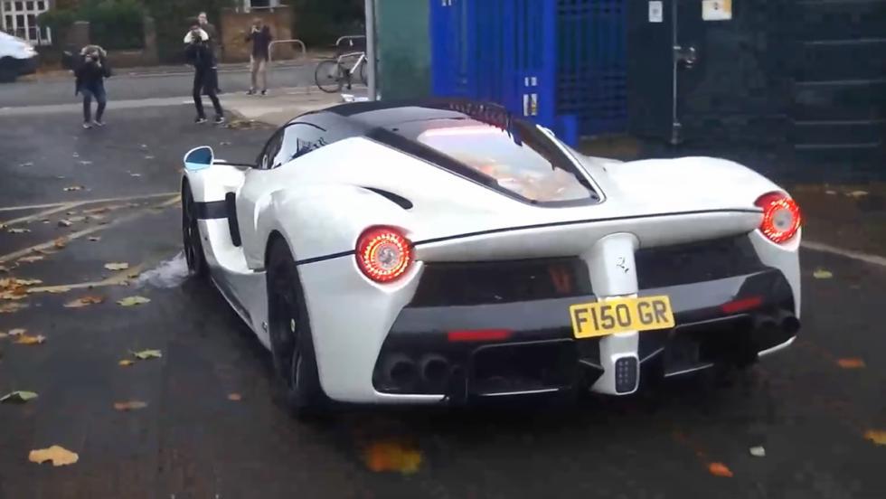 Gordon Ramsay de paseo con su nuevo Ferrari LaFerrari Aperta