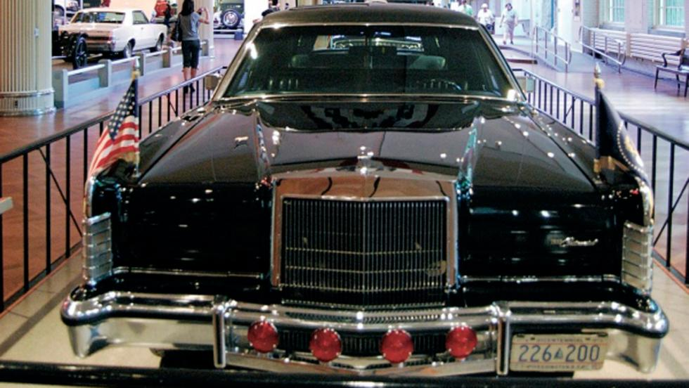 Lincoln Continental Presidential