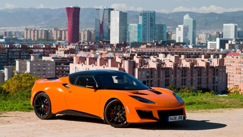 Lotus Evora 400 prueba naranja frontal lateral detalle maletero motor