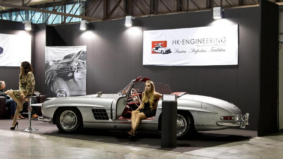 Mercedes 300 SL Roadster lateral chica modelo autoclassica