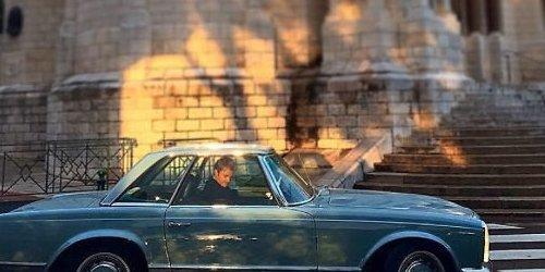 Nico y su El Mercedes 280 SL Pagoda por las calles de Mónaco