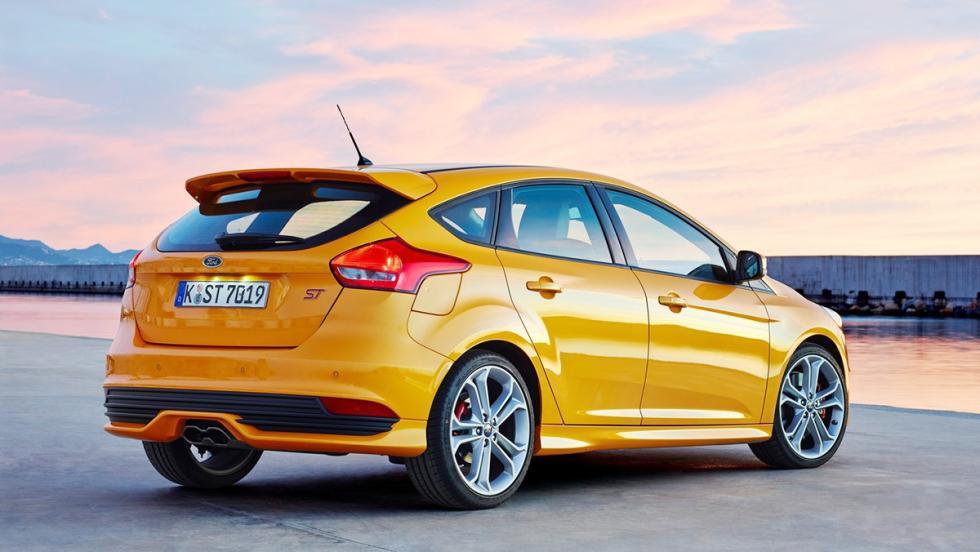 Los rivales del VW Golf GTI 2017 - Ford Focus ST