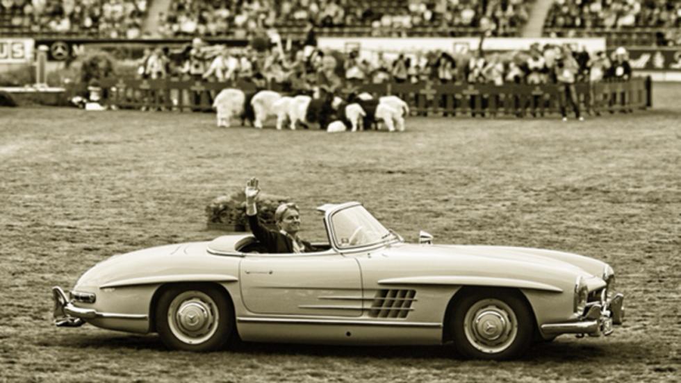 Rosberg condujo un Mercedes SL Roadster del 58 en el Festival de Aachen, Alemania