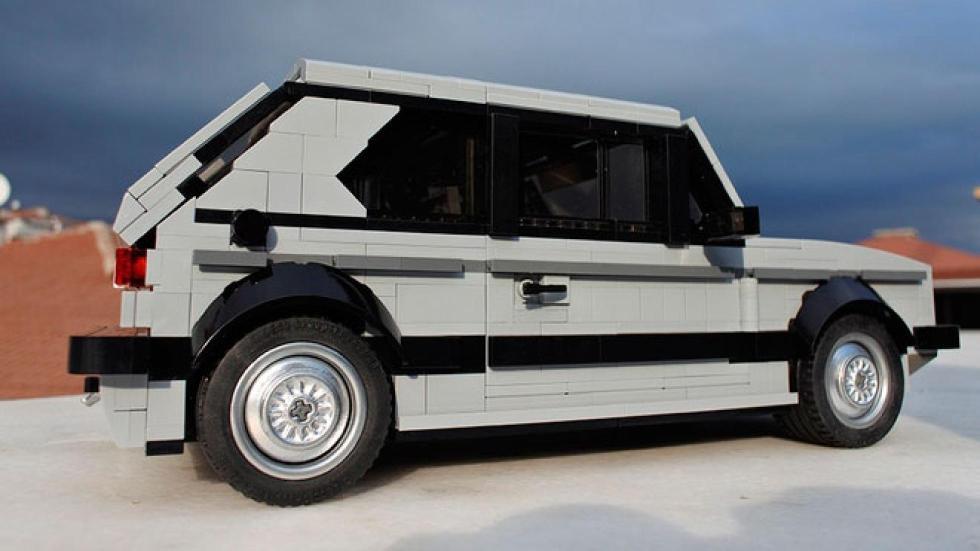 Volkswagen Golf GTI de Lego