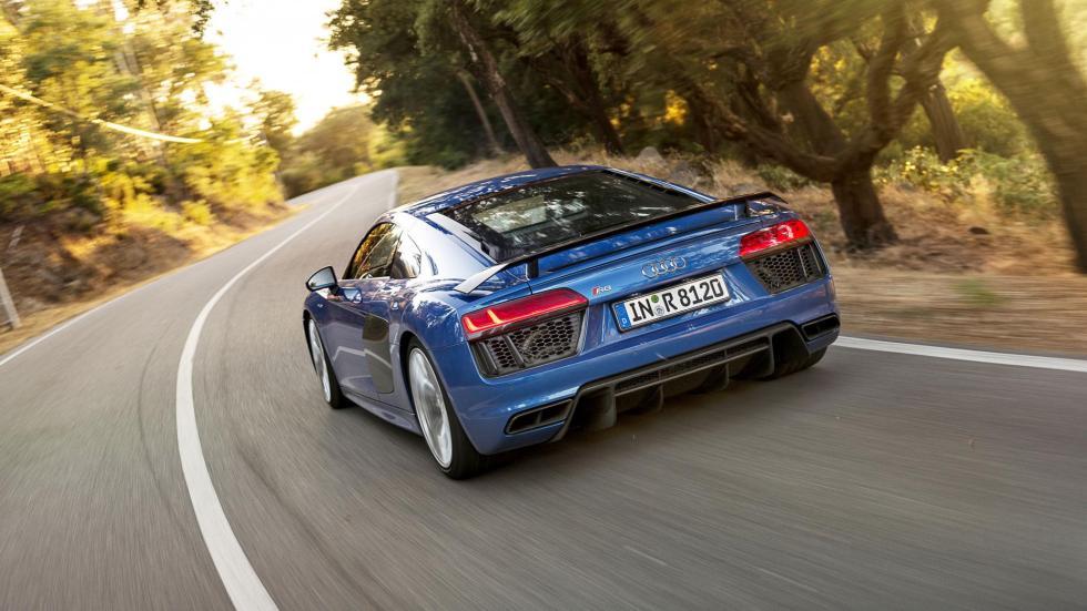 4. Audi R8 V10 Plus