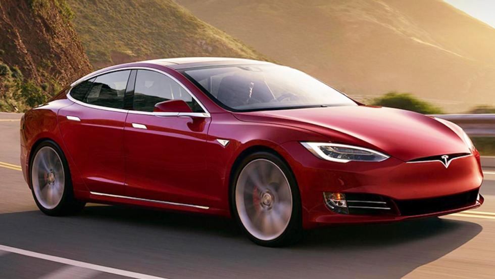 Los coches más rápidos de 2016 - Tesla Model S P100D - 772 CV, 250 km/h