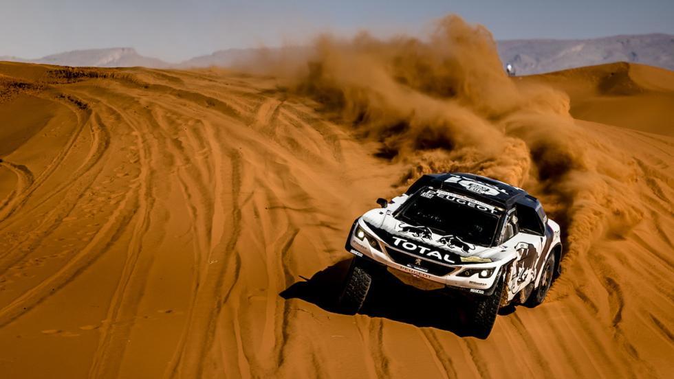 Dakar 2017: Peugeot 205 Turbo 16 vs Peugeot 3008 DKR (VII)