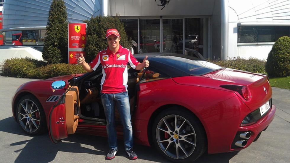 Felipe Massa  y un Ferrari California