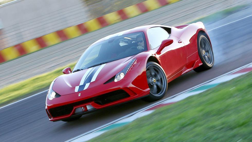 Los mejores coches que puedes comprar por menos de 300.000 euros - Puesto 8 - Ferrari 458 Speciale