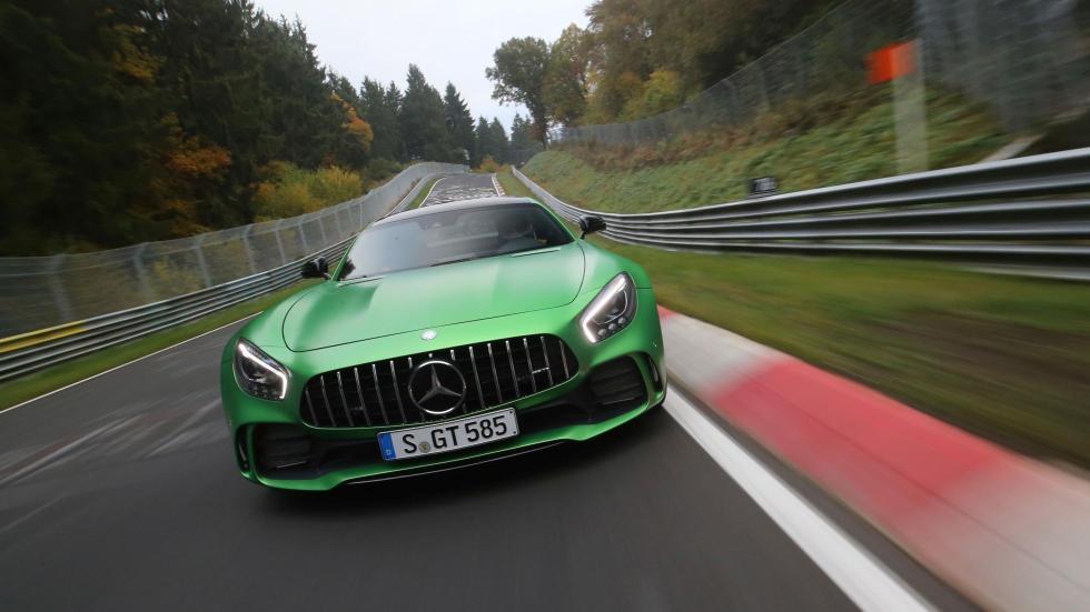 Mercedes-AMG GT R Nürburgring record infierno verde superdeportivo mate