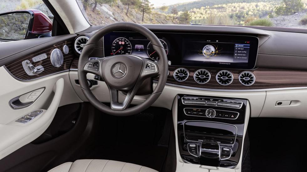 Mercedes-Benz Clase E Coupé (XVII)
