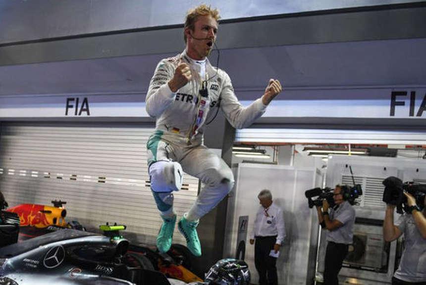 Nico saltó de alegría al saberse campeón del Mundo 2016