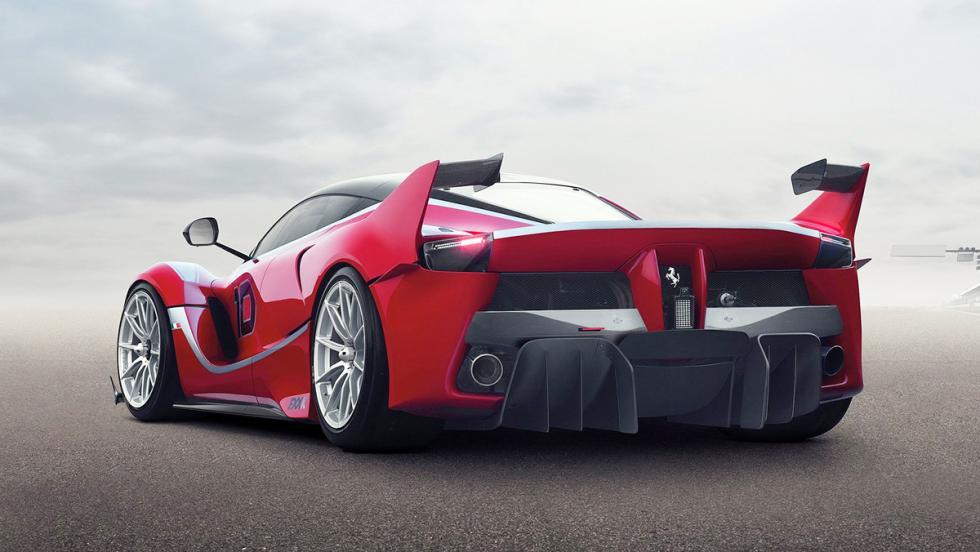 Una vuelta en Daytona a bordo del Ferrari FXXK