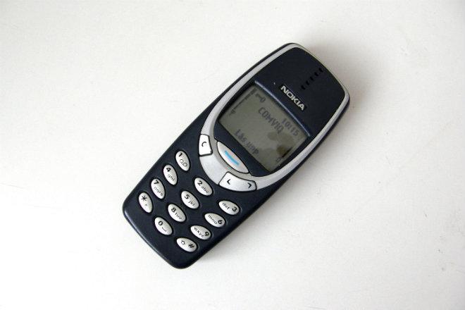 Nokia 3310 | Fecha de lanzamiento: 2000 | Millones de unidades vendidas: 126