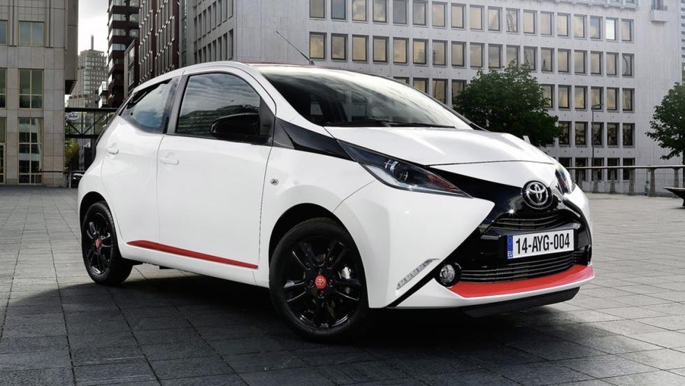 Coches nuevos entre 10000 y 15000 euros: Toyota Aygo (II)