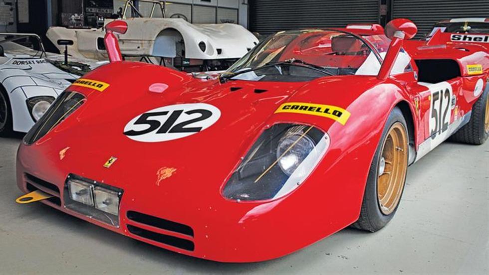 Espectacular Ferrari 512s en el hangar de Mason