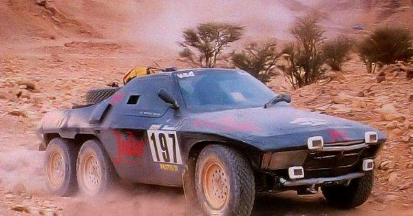 El Jules II Proto 6x4 en plena acción en el Dakar 1984
