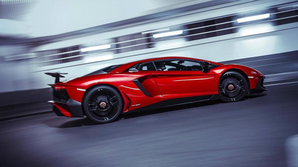 Lamborghini Aventador SV deportivo lujo