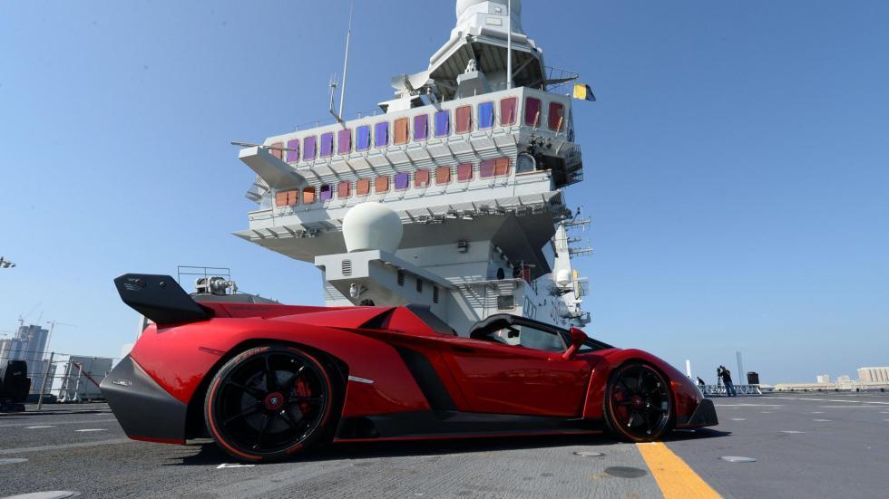 Lamborghini Veneno Roadster descapotable hiperdeportivo