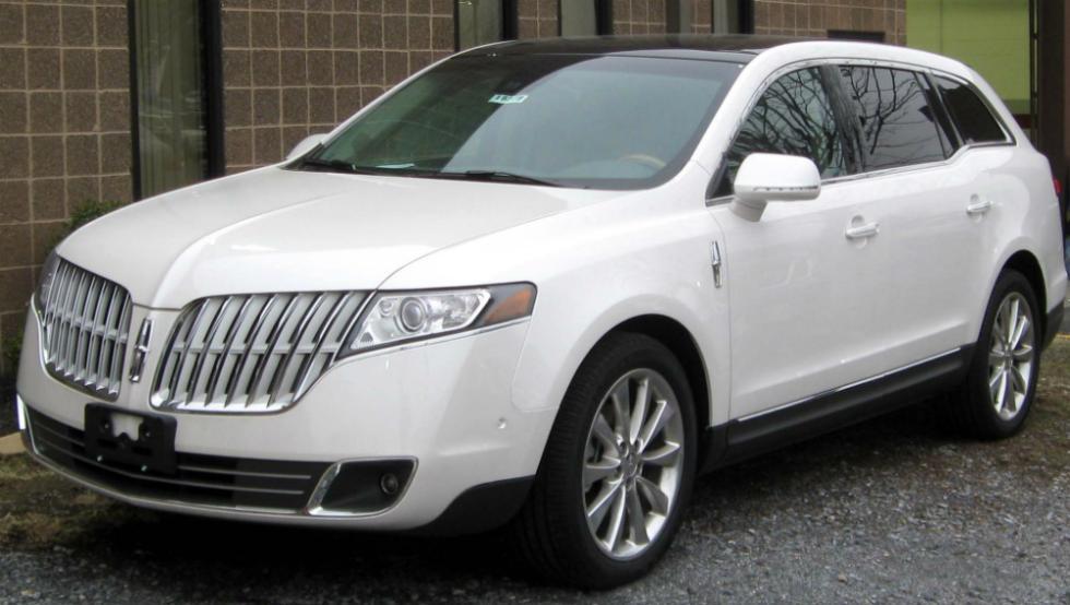 Lincoln MKT 2011