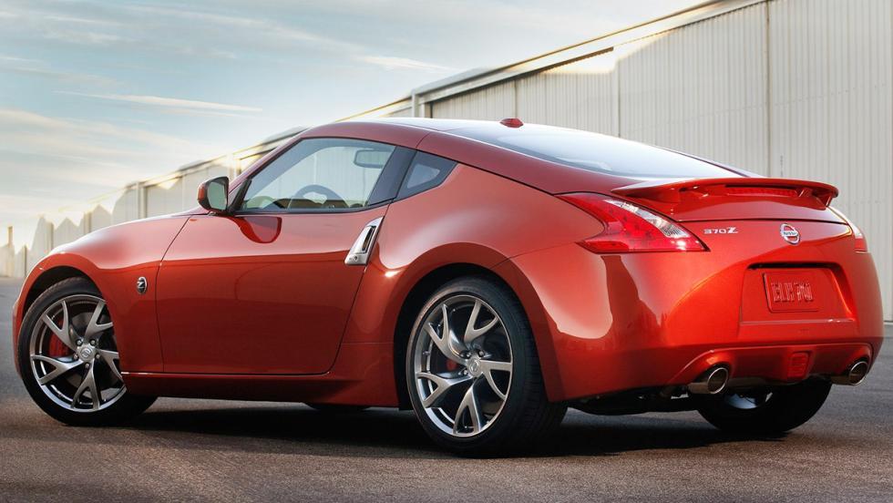 Los mejores coches por calidad-precio de 2017: Nissan 370Z