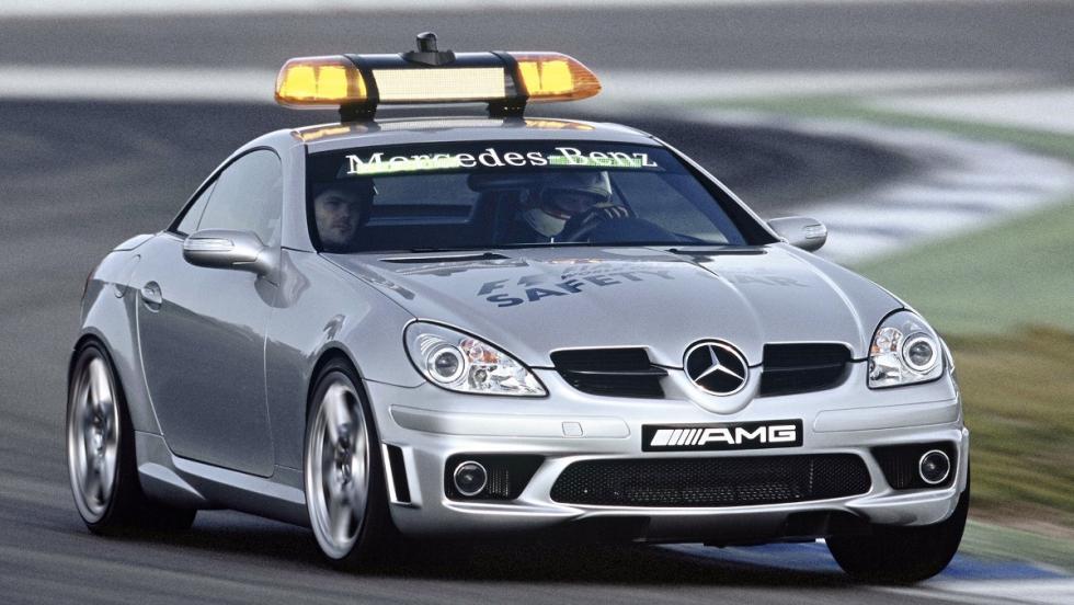Precioso el Mercedes SLK 55 AMG que cumplió con las labores de safety entre 2004 y 2005