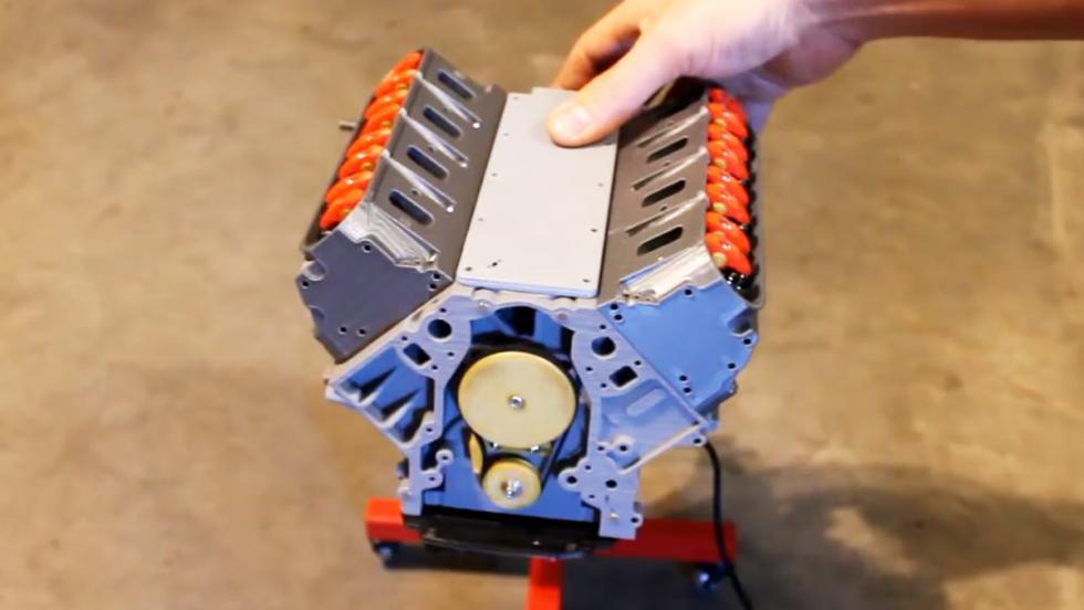 El motor V8 de un Camaro impreso en 3D