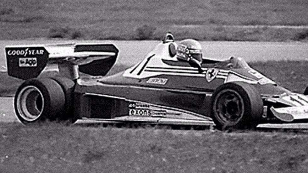 Niki Lauda probando el Ferrari 312 T6
