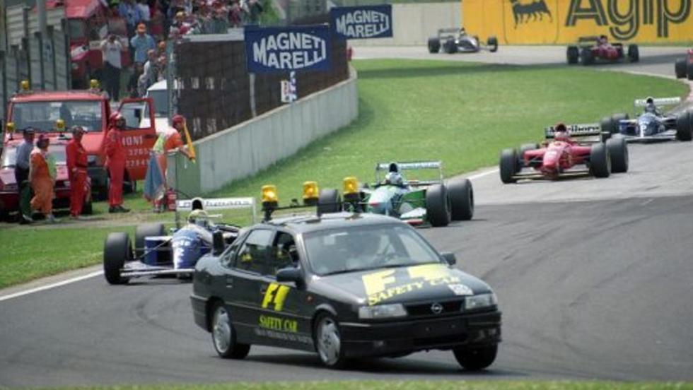 El trágicamente famoso Opel Vectra 4×4  del GP de San Marino 1994