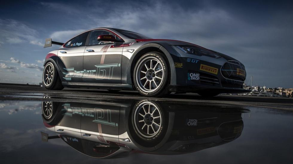 Tesla de carreras (III)