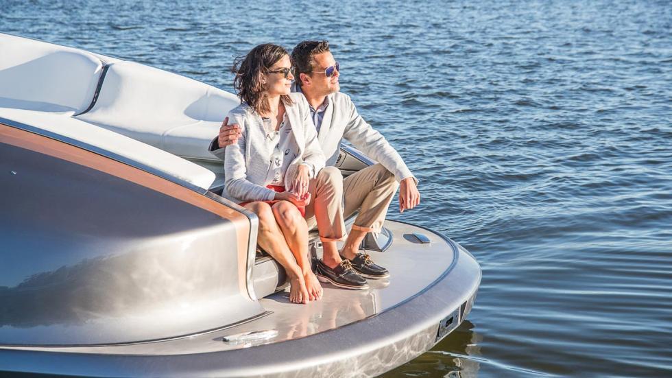 Yate de Lexus barco lujo lifestyle