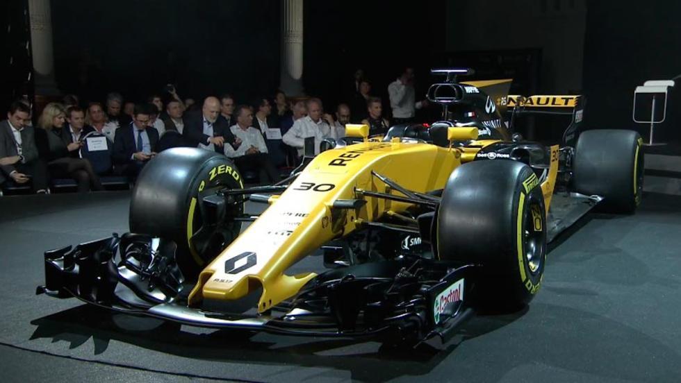 Frontal del RS17 con predominio del marillo y unos grandes alerones delanteros