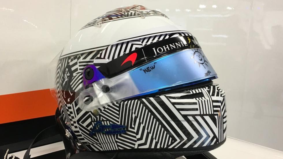 Nuevo casco Fernando Alonso 2017 cebra 2