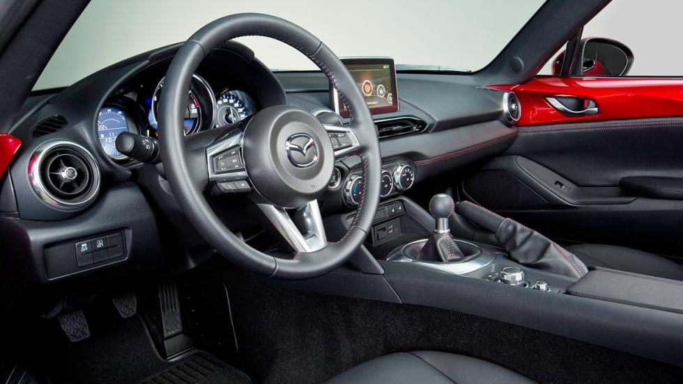 Coches para 'engañar' a tu pareja - Mazda MX-5