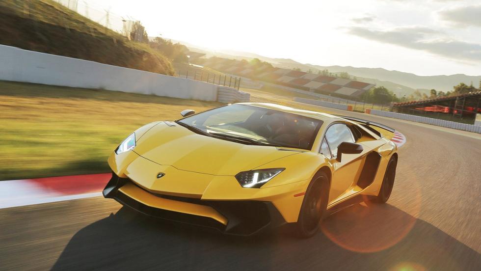 Los deportivos más vendidos en enero en España - Lamborghini Aventador - 2 unidades
