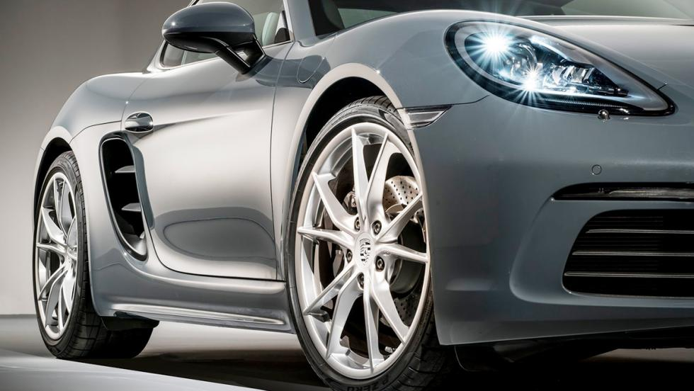 Los deportivos más vendidos en enero en España - Porsche 718 - 14 unidades