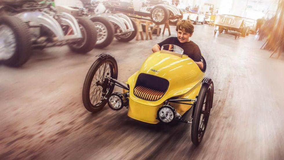 Los mejores coches eléctricos para niños - Morgan EV3 Junior