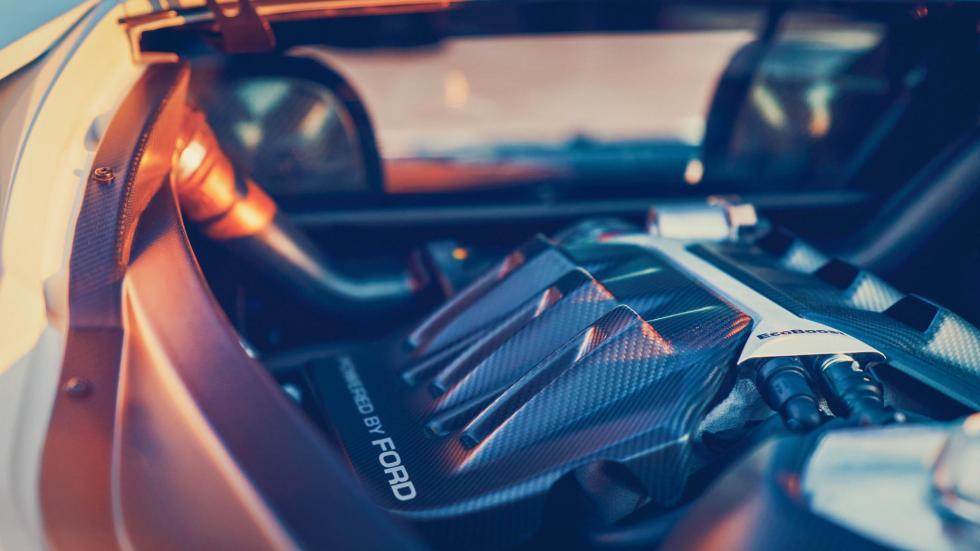 El motor del Ford GT (2)